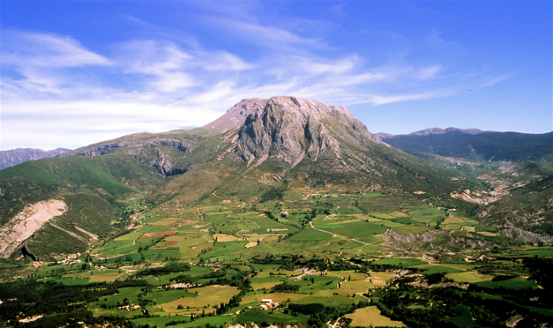 Breathtaking scenery, the Isabena valley in Spain.