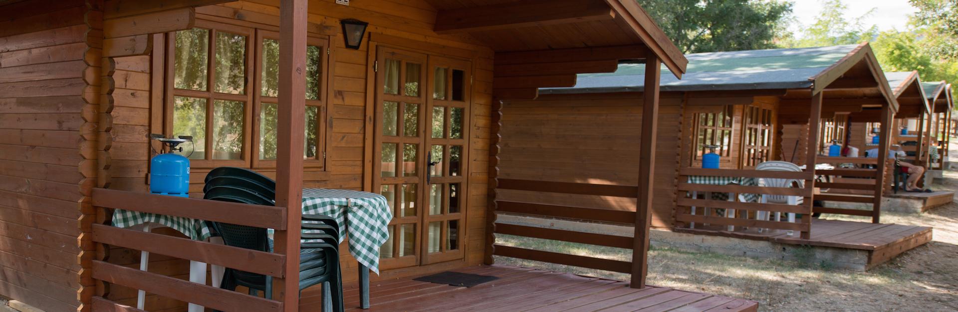 gem tliche bungalows ferienh user in den pyren en i spanien. Black Bedroom Furniture Sets. Home Design Ideas